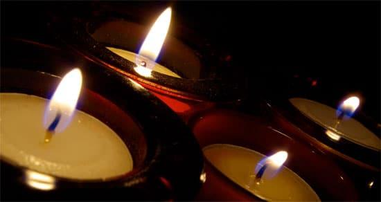 Levende lys skaber en hyggelig stemning