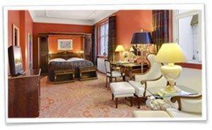 Lev som konge og dronning på Hotel Royal i Århus