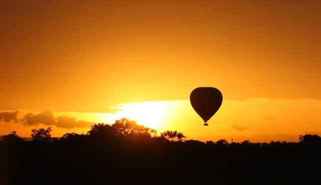 Luftballon en smuk sommeraften