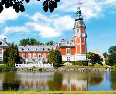 Hvedholm Slot tilbyder attraktive ophold