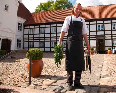 Sinatur Hotel Haraldskær ligger skønt