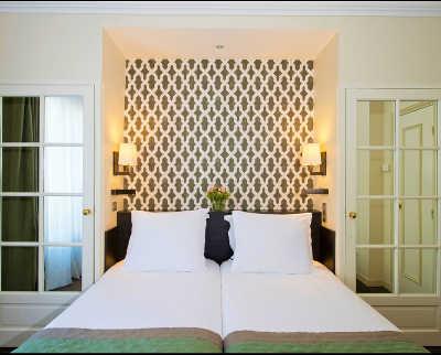 Hotel Henri IV, Paris
