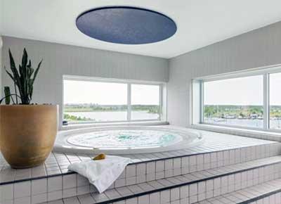 Der er også mulighed for at nyde lidt vand på Scandic Sluseholmen Hotel