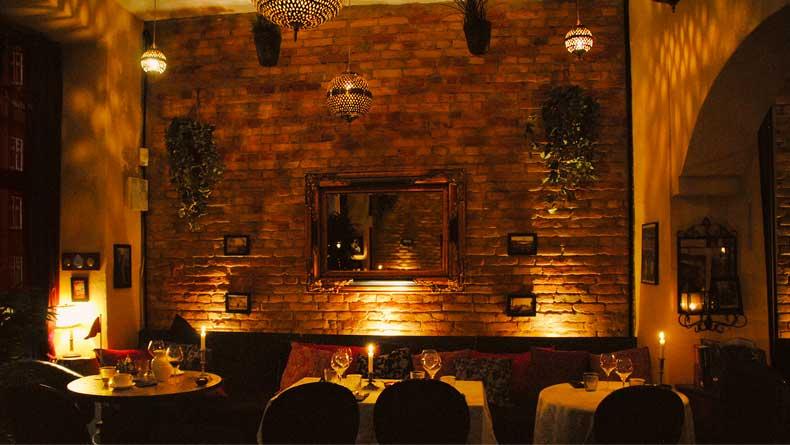 Restaurant Ricks er et romantisk spisested i Århus
