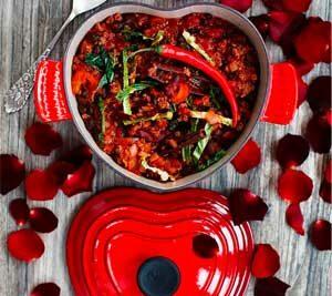 Romantisk gryde til parret, der elsker køkkenets glæder