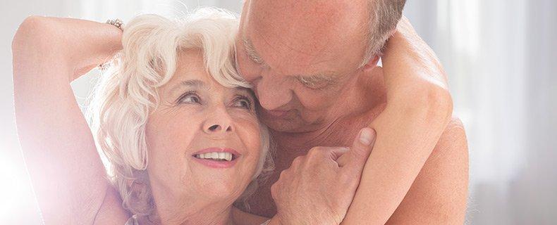 Ældre par har sex