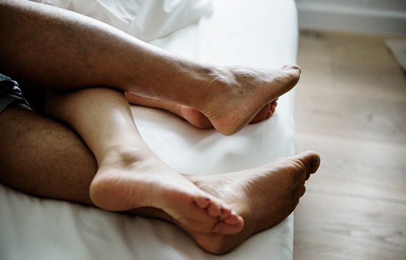 Par der fletter ben i sengen