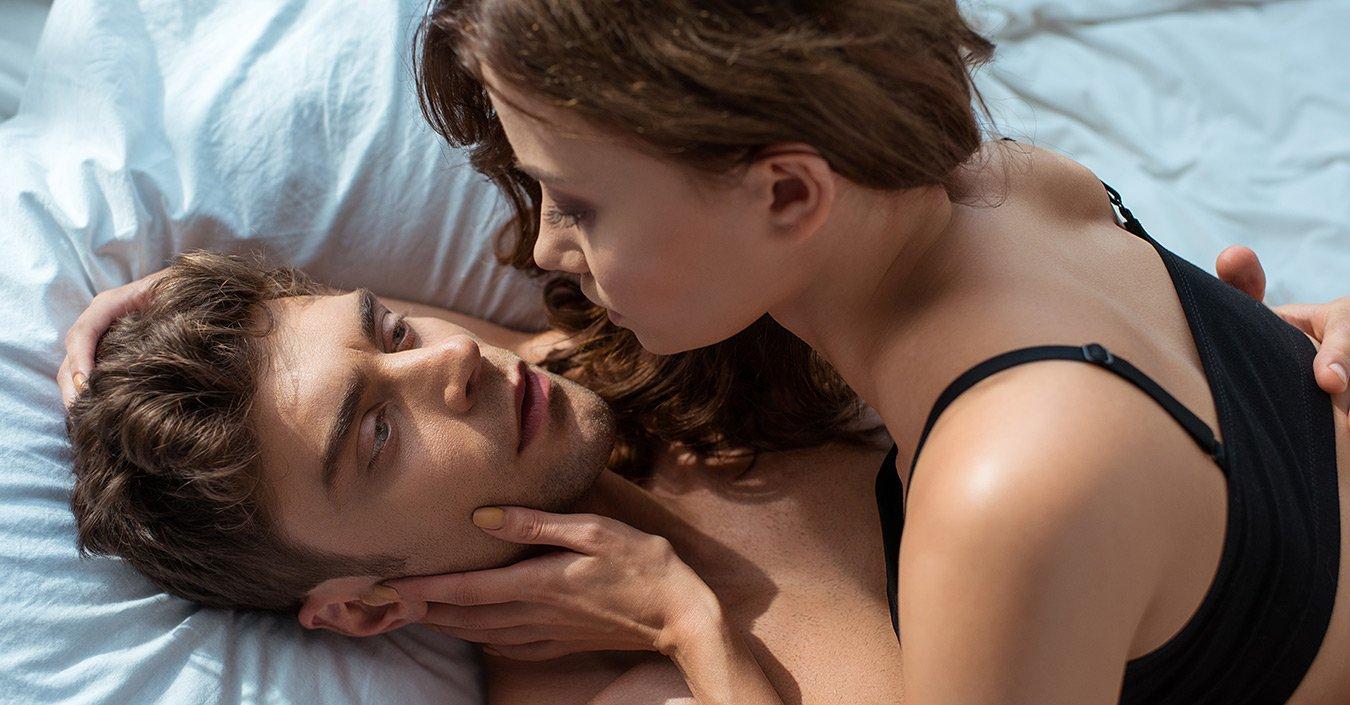 Dame ligger op til sex